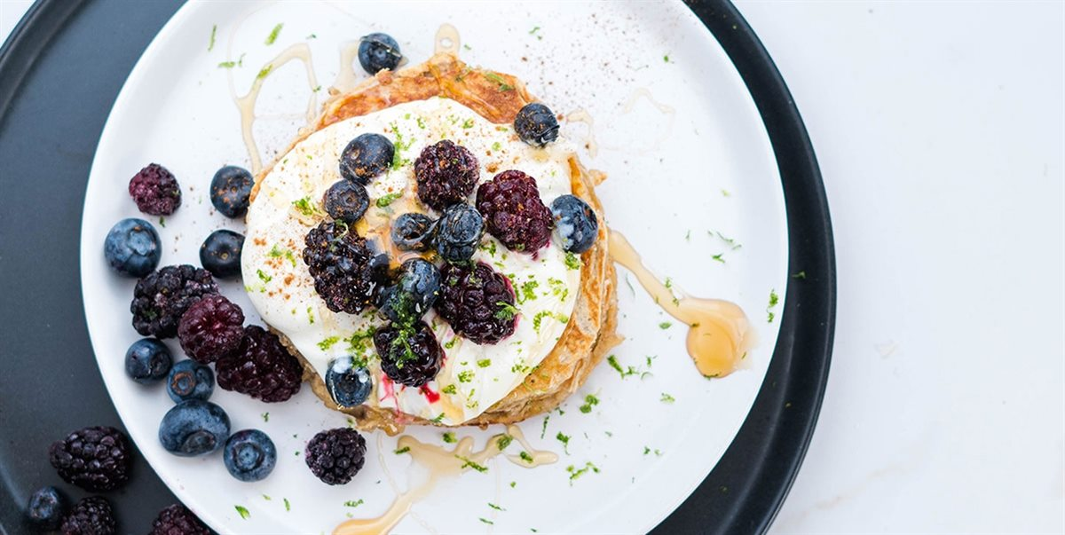 Healthy Banana Berry Pancakes